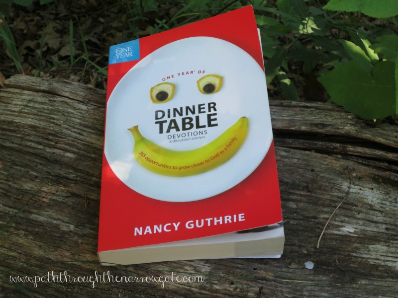 Dinner Table Devotions - Do you want to have devotions with your family, but don't know where to start? Try this fantastic devotional.